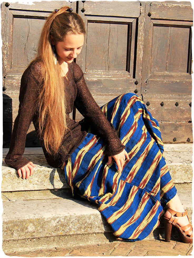 Gonna lunga Gitana #Gonna #lunga a portafoglio con #cintura regolabile.  #made in #Guatemala  100% #cotone  lavabile in lavatrice 0°  Taglia Unica  #Tessuto realizzato con #telaio #manuale