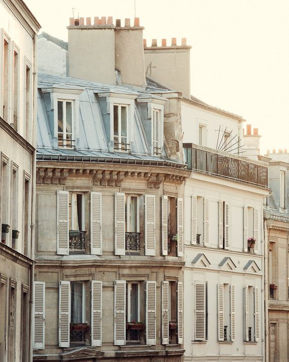 Fine Art Paris Photography in soft beige and pastel tones. The apartments in Montmartre are especially beautiful in the early morning light.
