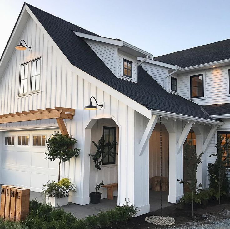 Modern Farmhouse Exterior Home Design LOVE The Arbor Over Garage Door And Gooseneck