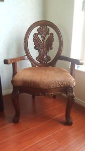 Antique Arm Chairs City of Toronto Toronto (GTA) image 2