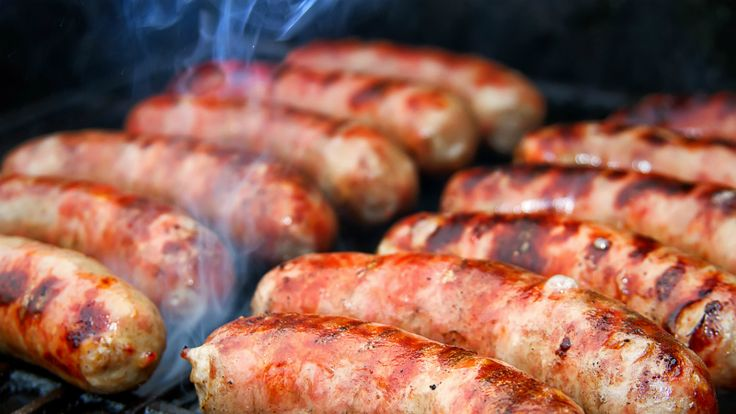 Be ready for Bowl season this year with these great Beer Grilled Bratwursts!  It's College football Bowl season and the NFL is gearing up for the playoffs and the Super Bowl! That means that there is