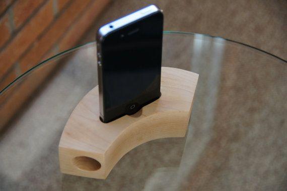 Maple iphone Speaker Dock - Natural Maple $29