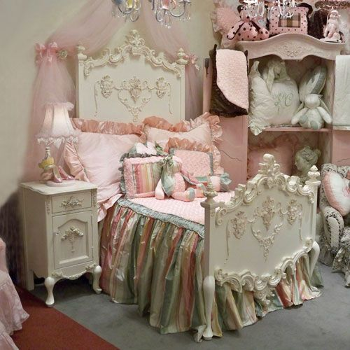 32 Dreamy Bedroom Designs For Your Little Princess: Beautiful, Furniture And Girls