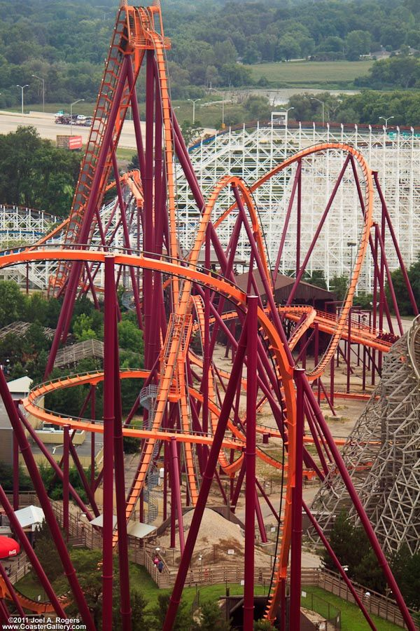 Six Flags Chicago's Raging Bull lets you take on a towering, 20-story lift hill, high-banking turns, and a 65-degree first drop that plunges into an underground abyss at more than 70 miles per hour.