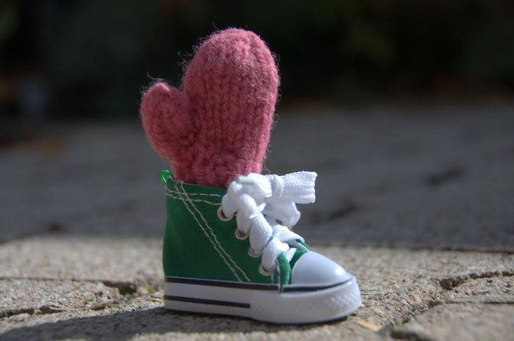 New kicks on the mitten's wish list. What's on yours? Mitten ornaments at http://merrymittens.com.