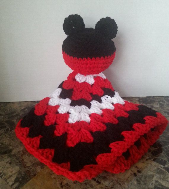 1000 Ideas About Mickey Mouse Blanket On Pinterest
