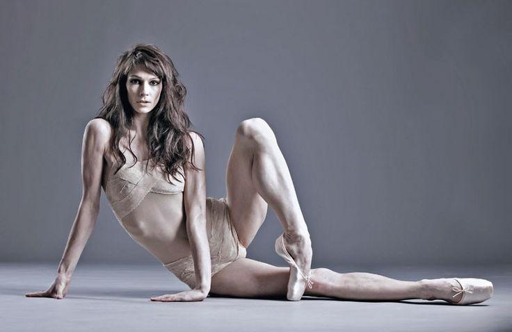 Polina Semionova - American Ballet Theater - Featured in Valentina Bonelli, Vogue Italia, April 2012, n. 740, p. 64