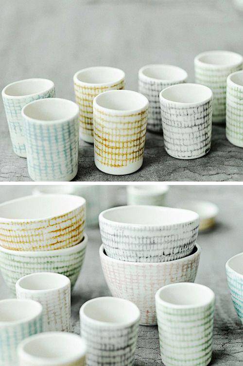 De Deense Tine Freiesleben maakt onder de naam Sukima de mooiste porseleinen voorwerpen.