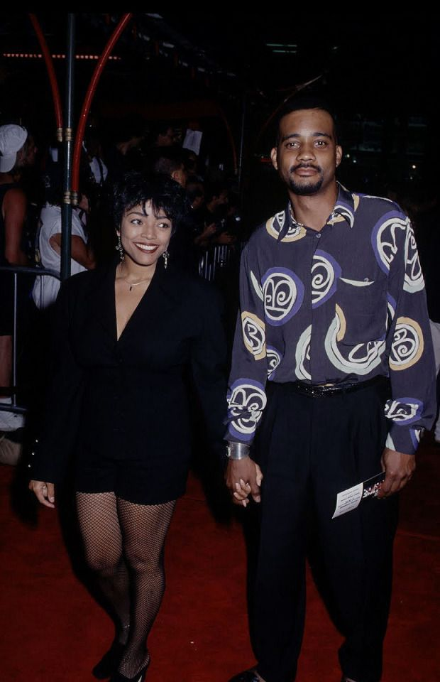 Kim Fields And John Henton Living Single Kim African American John henton (born november 23, 1960) is an american actor and comedian that was born in east cleveland, ohio. kim fields and john henton living