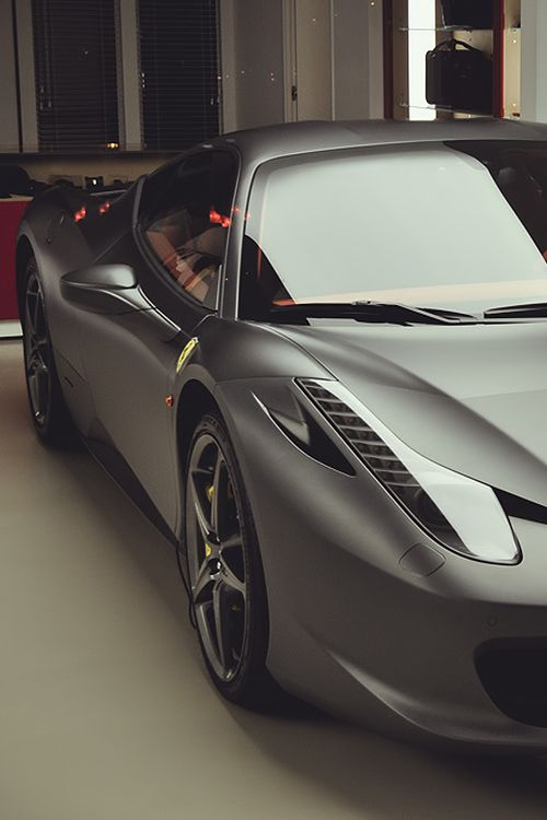 Ferrari 458 Italia Luxury So Slick!