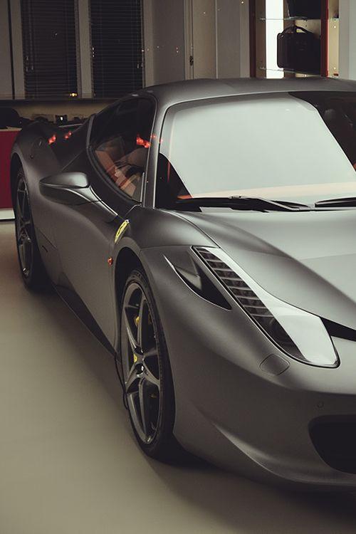 Ferrari 458 Italia Luxury, amazing, fast, dream, beautiful,awesome, expensive, exclusive car. Coche negro lujoso, increible, rápido, guapo, fantástico, caro, exclusivo.