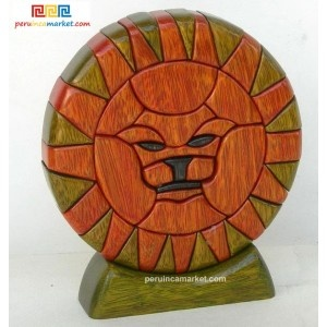 Wooden sculpture - Leo zodiac handcarved from ishpingo Amazon wood. Peruvian artwork. US $ 48.00 free shipping from peruincamarket