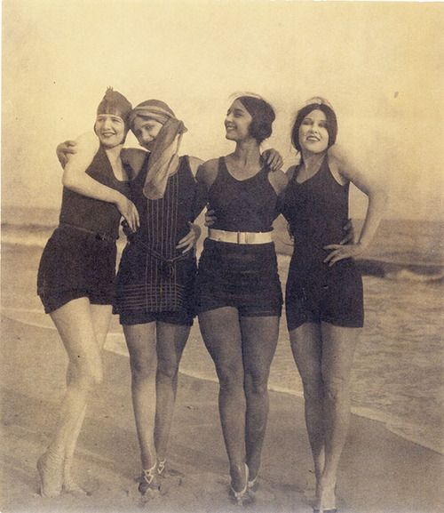 snapshot 20s 30s bathing suit swimming costume Rosa Covarrubias and friends, by girlflapper