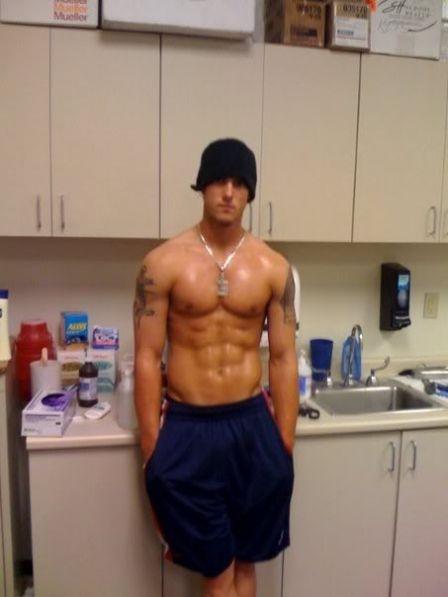muscleman 4 gay pics