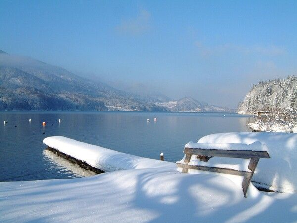 Lake Fuschl during wintertime, Austria OMG, I have to go to Salzburg in the winter.