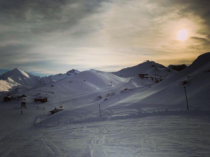 Es geht nicht darum Zeit zu haben. Es geht darum sich Zeit zu nehmen #sporthotelsilvrettaischgl #ischgl #mountains #skiing #relaxifyoucan #winter #berge #silvretta
