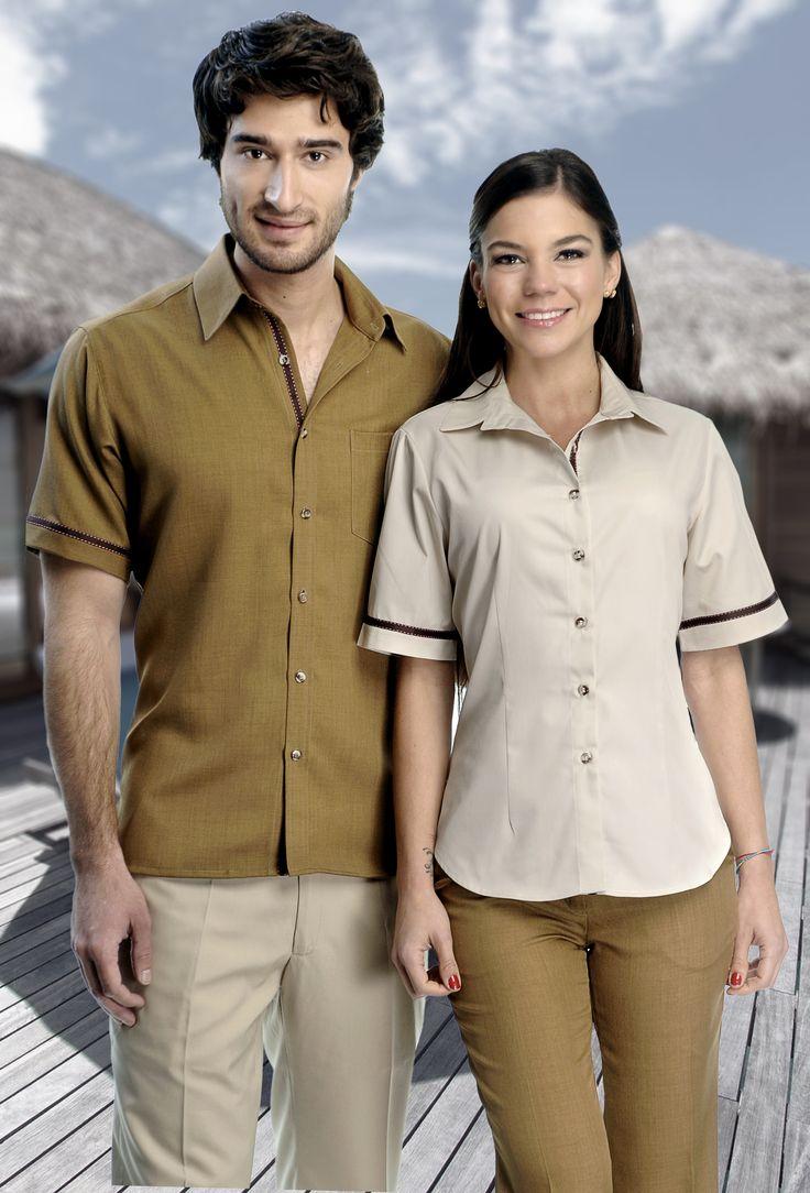 Uniforme mixto combinado para hombre y mujer disponible en el catálogo de http://www.creacionesred.com.mx/
