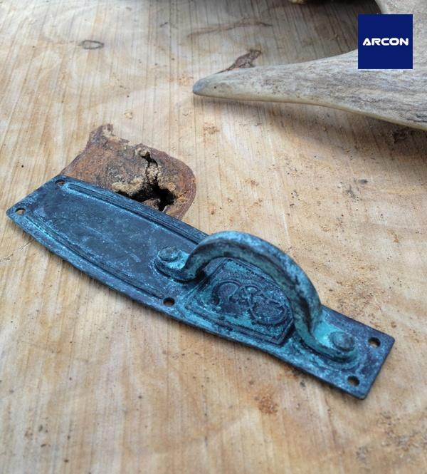 placa con asa tirador en acabado latn oxidado ref914 steeldrawer pulls crystalsfur
