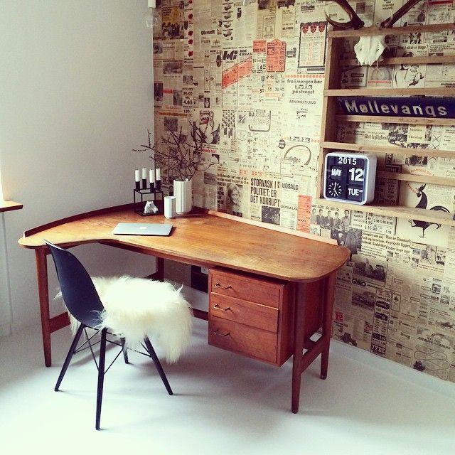 Fik denne fine teaktræ skrivebord med hjem idag #teaktræ #skrivebord #loppefund #loppeguld #indretning #interiør #home #eames #lyngby #lyngbyvase #kubus #karlsson #royalcopenhagen #macbook #gevir
