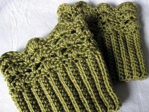 Belmont Bota Toppers :: padrões livres de punho de inicialização #crochet