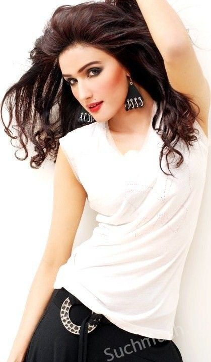 Iman Ali is one of the famous Actresses Who Are Above 30 And Single. Iman Ali is a beautiful women and is 37 years old. She was born in Lahore on December 19,1980. She is considered in top models and actresses of Pakistan.