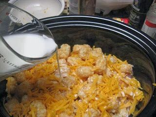 Easy Recipes to Do: Cheesy Chicken Tater Tot Casserole in the Crockpot