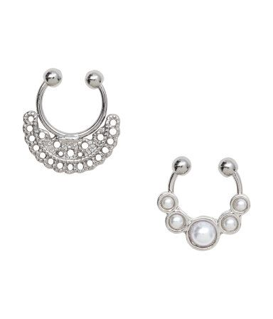 Adjustable nose rings in narrow metal for wear without pierced nose.
