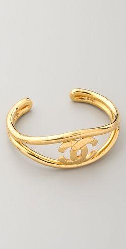 Vintage Chanel cuff: Chanel Cuffs, Wgaca Vintage, Chanel Bracelets, Gold Chanel, Vintage Cuffs, Chanel Cc, Cc Cuffs, Vintage Vintage, Vintage Chanel