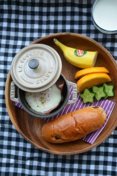 ストウブで「ベーコンエッグの朝ごはん」 by ジュンジュンさん ...