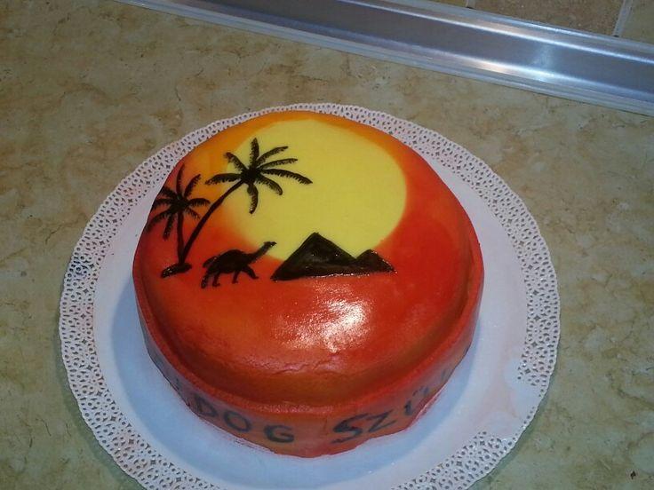 Festett torta, málnás mascarpone töltelékkel