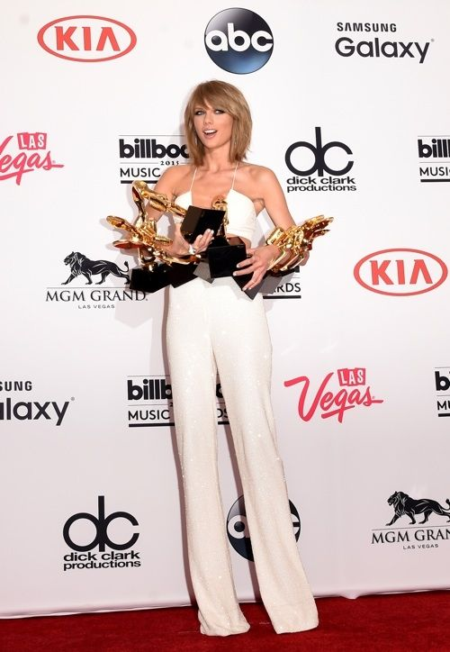 The Eye  Billboard Music Awards 2016: Adele Vs. Taylor Swift, Who Should Win Top Artist Award [VOTE]    SIGN UP TO RECEIVE THE LATEST NEWS FROM FASHION&S...