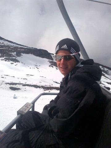 Jonny Brownlee skiing in New Zealand, 2012