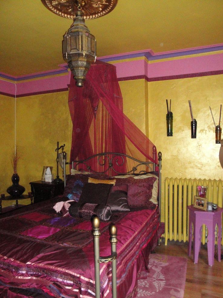 Moroccan bedroom | 66 Mysterious Moroccan Bedroom Designs | DigsDigs