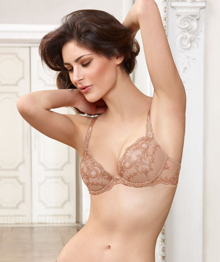 Lise charmel developed creations in corsetry, lingerie and swimwear