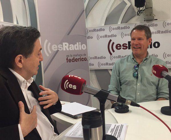 Eric Graf en esRadio, en Madrid, hablando de el #Quijote