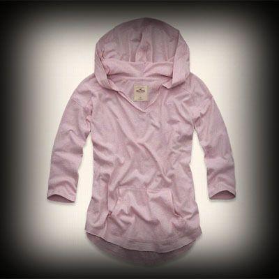 ホリスター レディース Tシャツ  Hollister Bolsa Chica Hoodie T-Shirt ニット Tシャツ ★ホリスターを代表するLOGOマークのアップリケが刺繍されてます。 ★ヴィンテージウォッシュがコーディネイトしやすくて個性的な古着っぽさな味がでてお洒落。