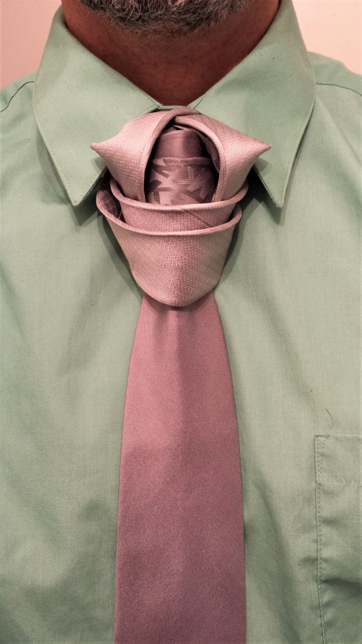 169 Best Trucs Et Astuces Images On Pinterest Fashion Ideas Man Balthus Tie Knot How To A Necktie Agreeordie The Medieval By Boris Mocka Aka Jugger