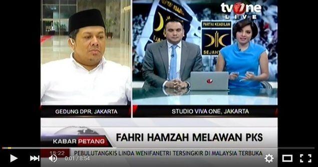 """[Video] Dialog Fahri Hamzah dan DPP PKS di Tv One  Dialog Fahri Hamzah dan DPP PKS di Tv One Rabu 6 April 2016. Host TvOne: """"Anda mau melawan balik PKS?"""" Fahri: """"Jadi gini ya kita jangan gunakan terminologi yang membuat kita tegang. Konflik itu adalah nature nya manusia. Karena itulah kita mesti mencari cara untuk membangun bagaimana cara kita melakukan resolusi konflik perbedaaan pendapat. Perbedaaan pendapat itu alami. Dalam diri kita saja ada kontroversi. Begitu orang menikah saja ada…"""