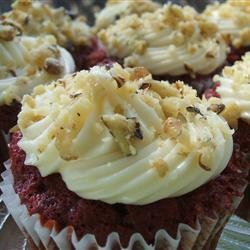 Beautiful Red Velvet Cupcakes perfect for Mother's Day