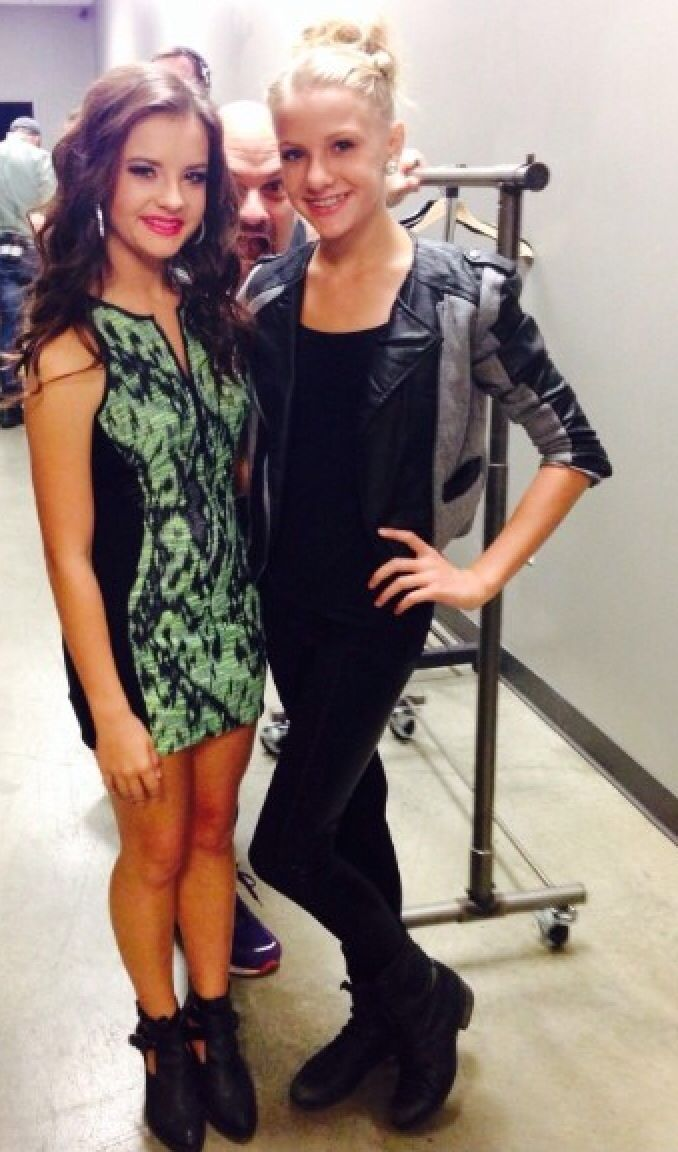 Dance Moms Brooke and Paige Hyland. Why are they so gorgeous?? I'm so freakin jealous
