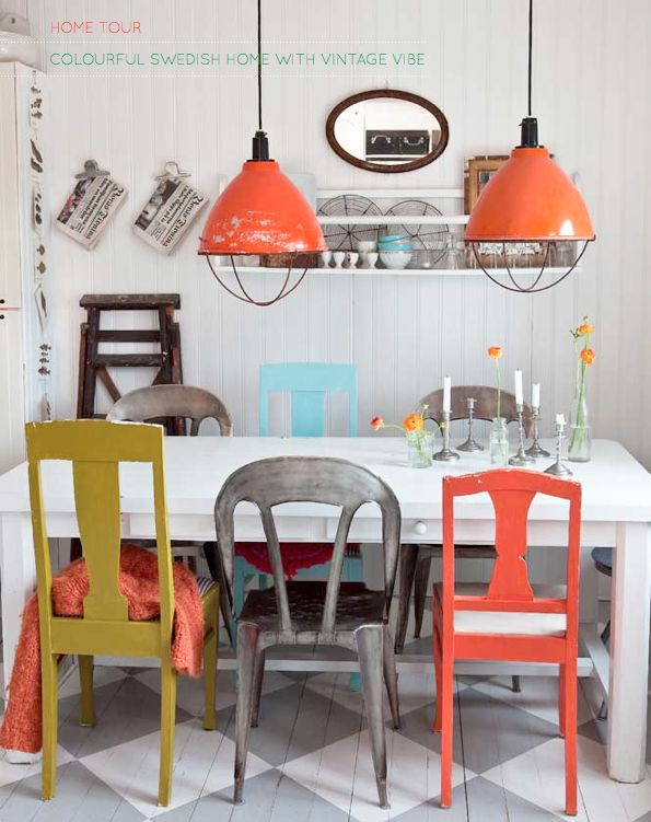 pop of color...love those lights.: Dining Rooms, Mismatched Chairs, Kitchens Chairs, Lights Fixtures, Color, Dining Chairs, Kitchens Tables, Mixed Matching, Fleas Marketing