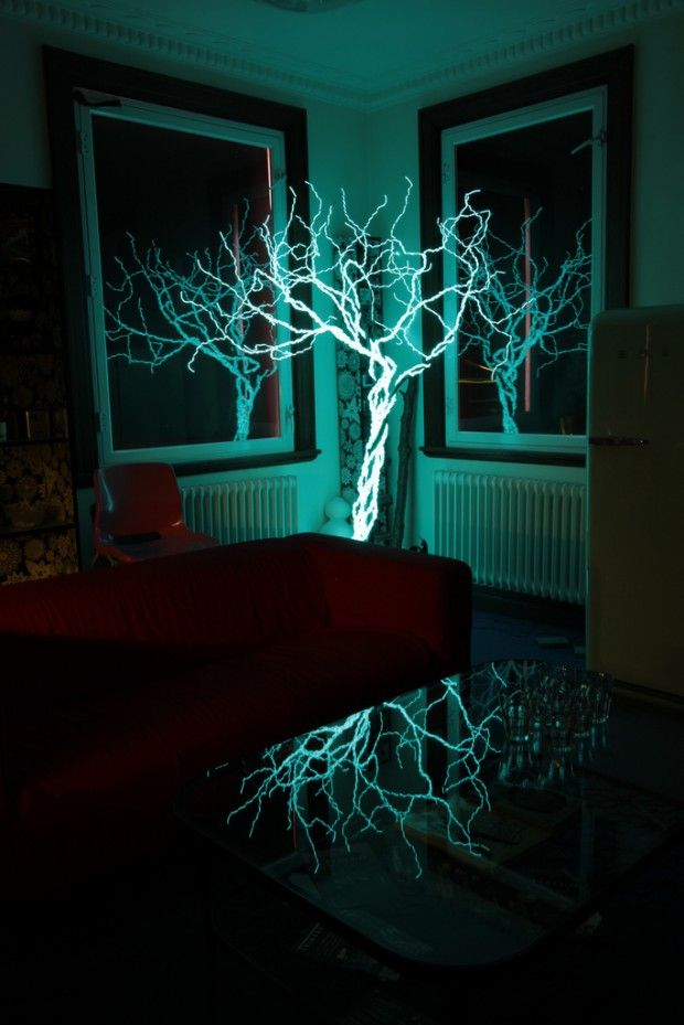 30s exposure of a tree made of electroluminescent wire. (TAG: ARTIST-?; MEDIA--EL WIRE SCULPTURE; DIY-DO IT YOURSELF INSPIRATION)