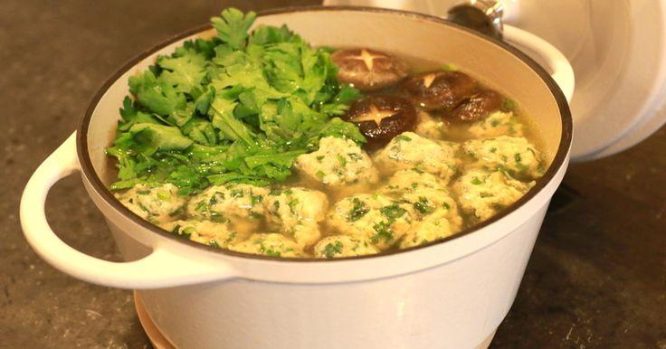 たっぷりのしょうがを使ったお鍋です♪ 食べると身体の芯まで温まりますよ♪ しょうが好きな人は是非作ってみてください⭐︎