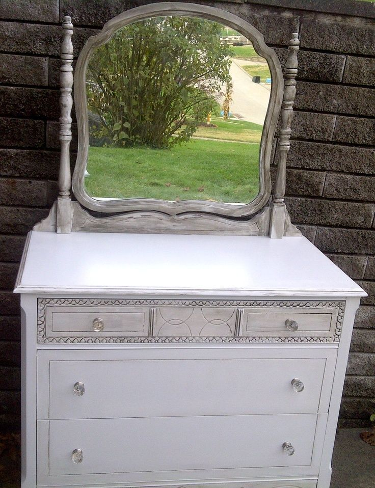 Shabby chic dresser with etched mirror -