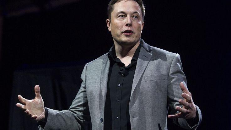 Częste wezwania karetki pogotowia do omdleń, zawrotów głowy, napadów padaczkowych czy fizycznych urazów. To nie warunki pracy w polskich marketach, ale realia fabryki Tesli w USA, należącej do guru biznesu przyszłości Elona Muska.
