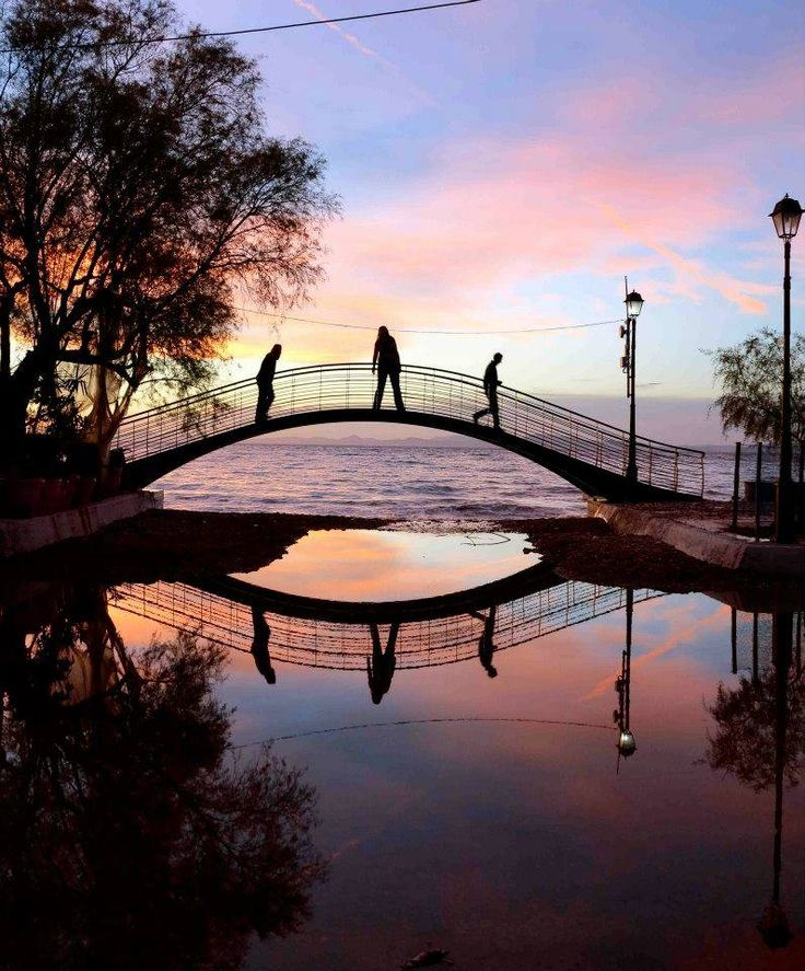 Milina's bridge