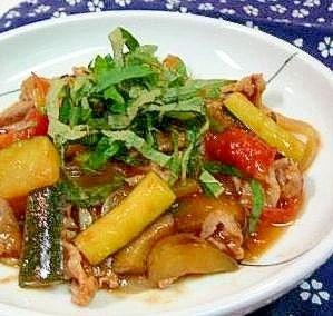 「トマトとズッキーニ・ナスの「醤油味」炒め」栽培農家さんに聞いたレシピです。調味料の分量は自己流なので、味加減をお願いします。【楽天レシピ】