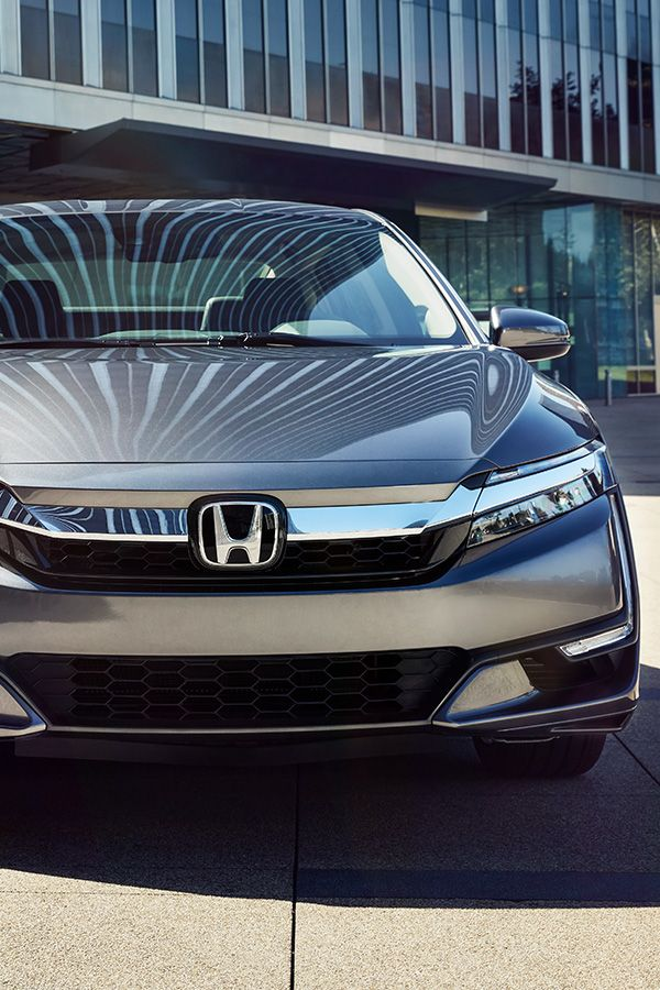 Get Inner Clarity When You Take The 2018 Honda Clarity Plug In Hybrid On Long Or Short Drives It Runs On Electric And Has Gas Whe Honda Cars Honda Honda Civic