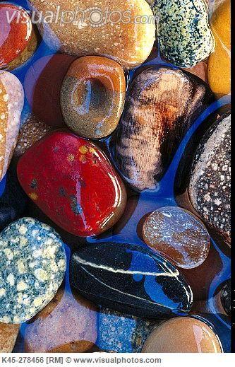 Beach stones in tide pool. Beach at Bandon. Southern Oregon Coast. USA [K45-278456]