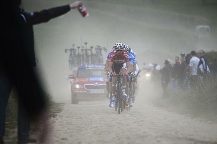 April 2014 - Parigi-Roubaix: sul pavé emerge l'olandese Terpstra, secondo  il tedesco John Degenkolb e terzo lo svizzero Fabian Cancellara.